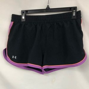 UNDER ARMOUR SHORTS M
